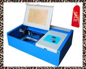 CO2 3020 Portable Laser Engraving Cutting Machine , 40w Miniature CNC Laser Engraver