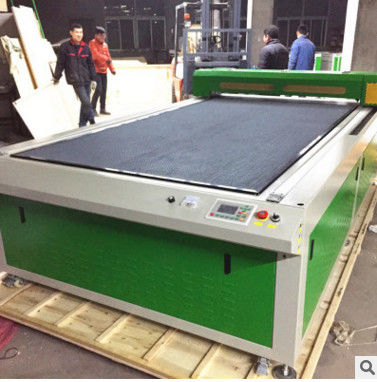 CO2 Laser Wood Cutting Machine With Blade Platform , CNC Laser Cutter Engraver