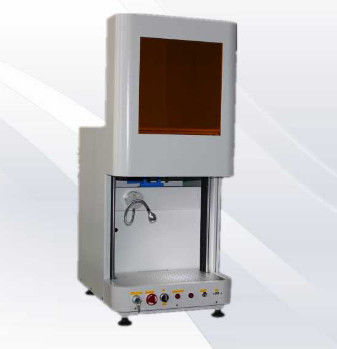 Enclosed 20W Fiber Laser Marking Machine For Stainless Steel High Marking Speed